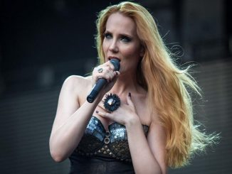 images_articles_Simone Simons Cover